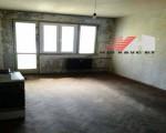 Тристаен апартамент, Варна, Младост