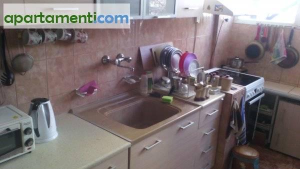 Тристаен апартамент, Пазарджик, Център 11