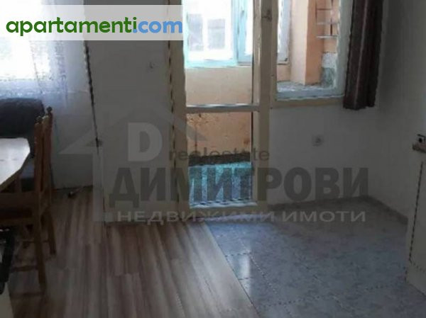 Тристаен апартамент Варна Колхозен Пазар 4