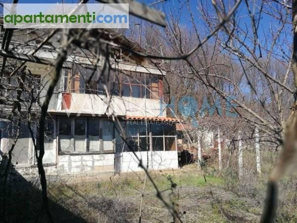 Къща Варна област с.Осеново 2