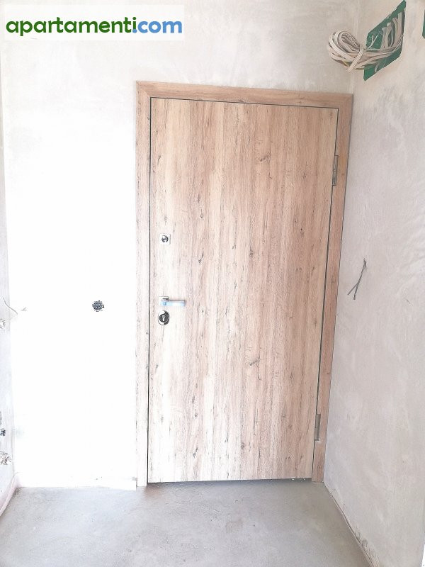 Тристаен апартамент, Варна, Левски 11