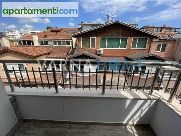 Тристаен апартамент Варна Цветен 5