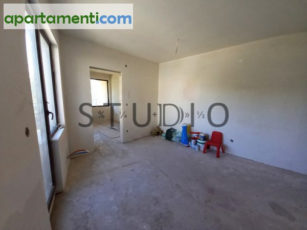 Тристаен апартамент, Благоевград, Център 9