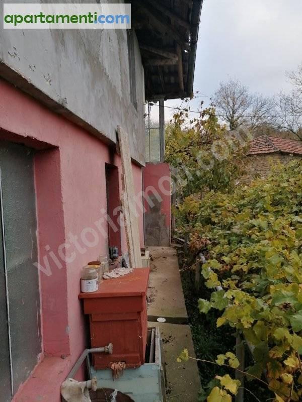 Къща, Велико Търново област, с.Габровци 8