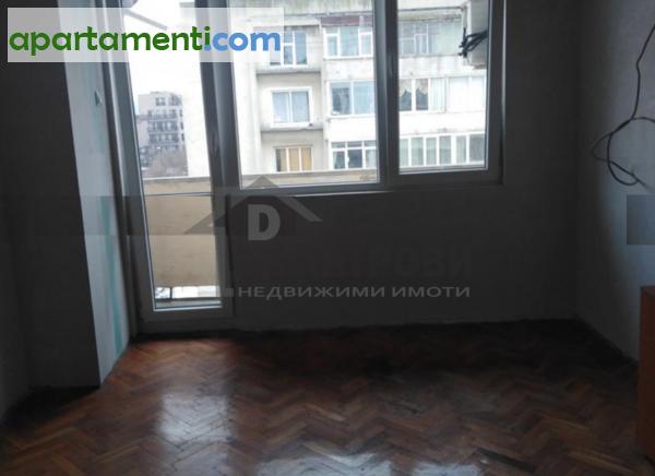 Тристаен апартамент Варна Колхозен Пазар 5