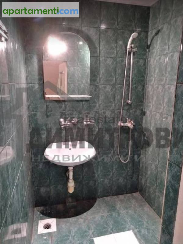 Тристаен апартамент Варна Кайсиева Градина 8