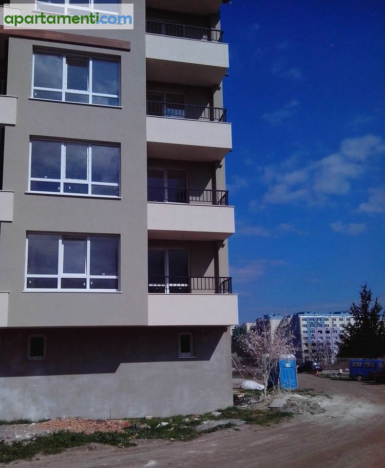 Двустаен апартамент Бургас Меден Рудник 2