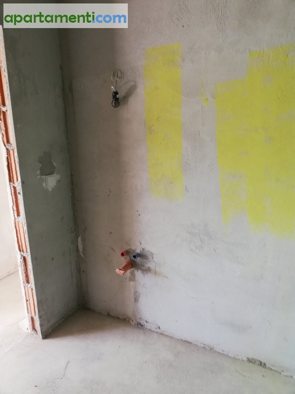 Тристаен апартамент, Варна, Левски 22