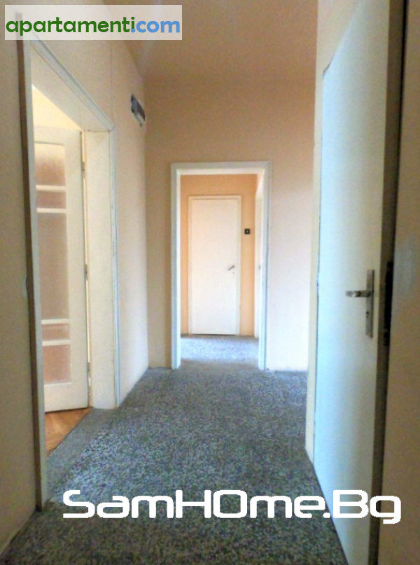 Четиристаен апартамент Варна Чайка 8