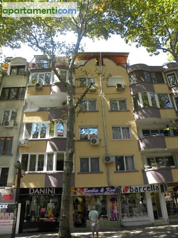 Тристаен апартамент, Бургас, Център 1