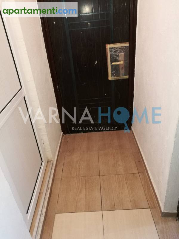 Едностаен апартамент, Варна, Център 4