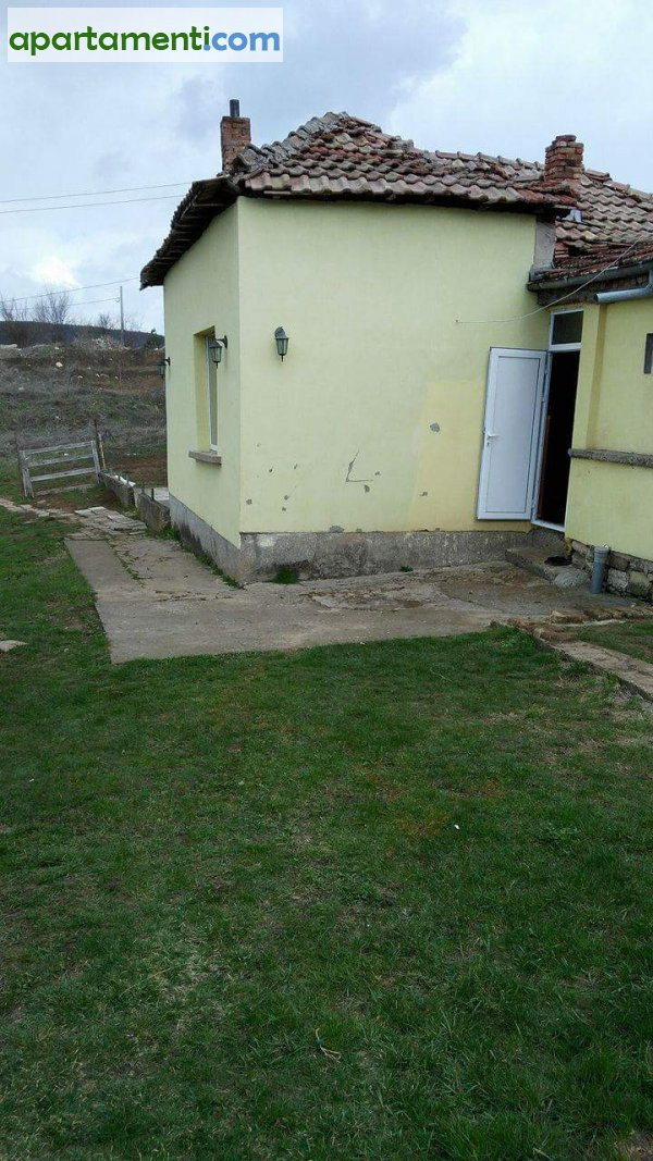 Къща, Велико Търново област, с.Малки Чифлик 1