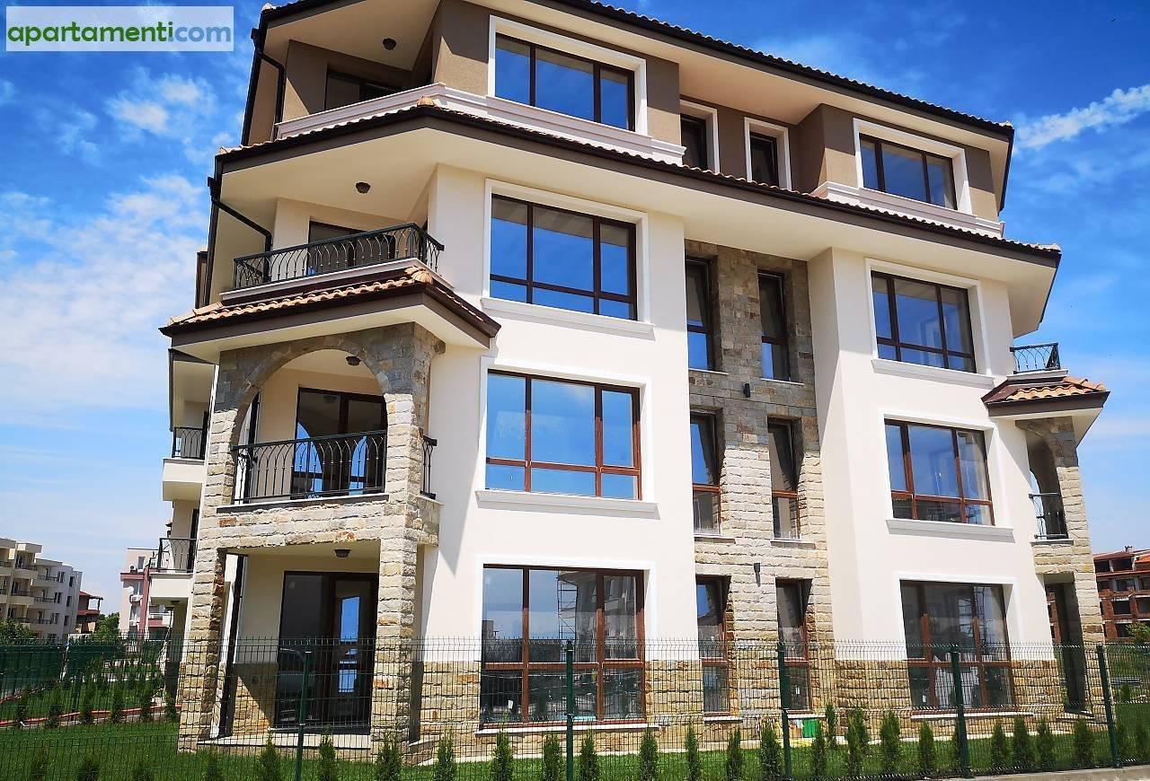 Тристаен апартамент Бургас Сарафово 7