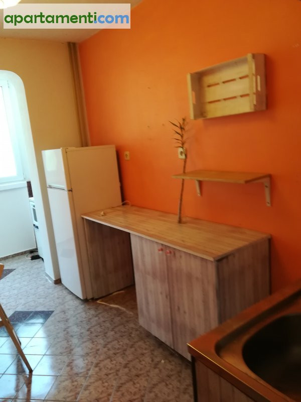 Двустаен апартамент, София, Хладилника 2
