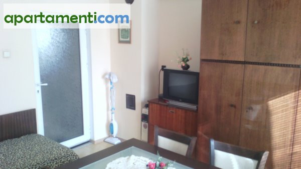 Тристаен апартамент, Пазарджик, Център 6