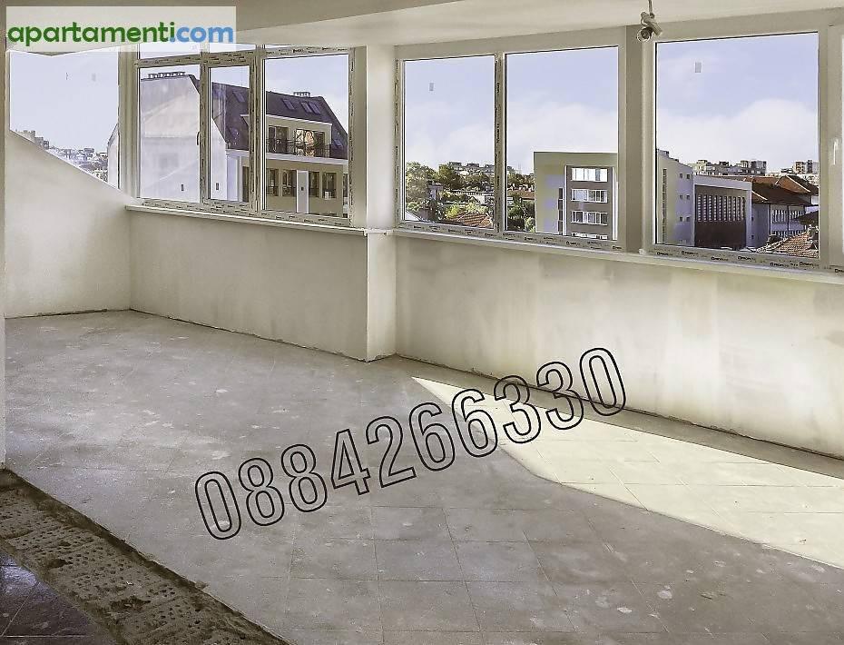 Тристаен апартамент Бургас  Център 1