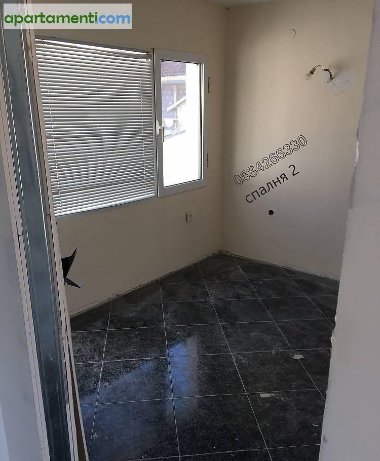 Тристаен апартамент Бургас  Център 4