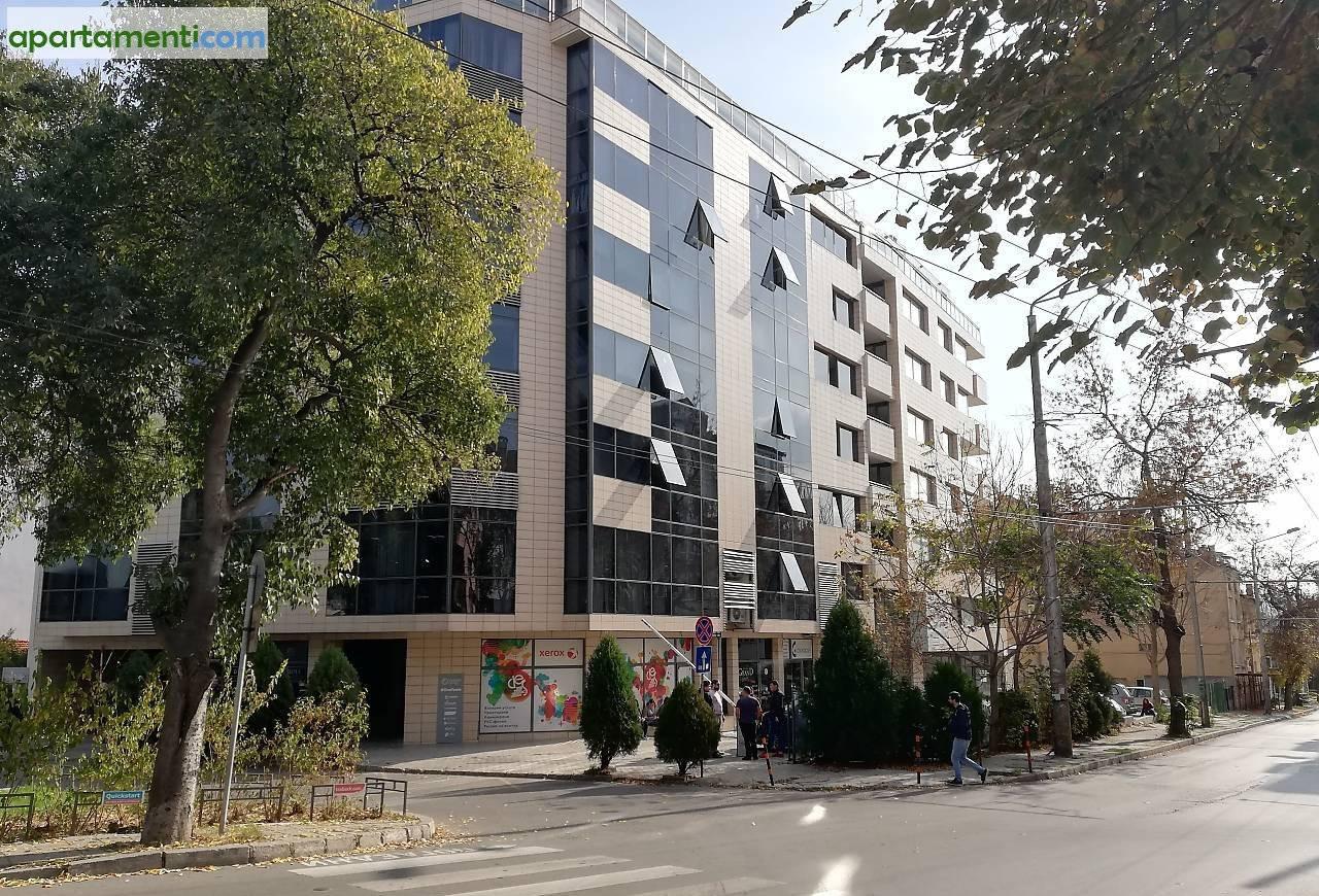Тристаен апартамент Варна  Център 8