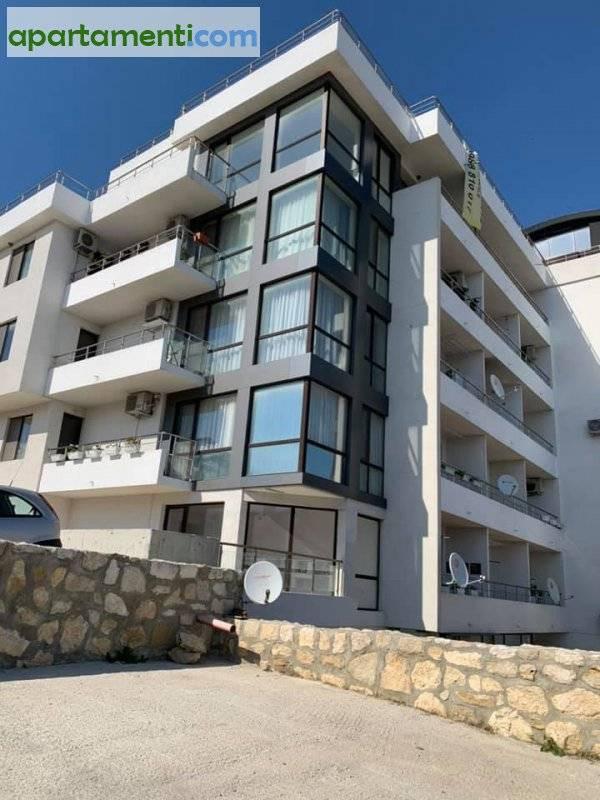 Тристаен апартамент, Варна, Виница 1