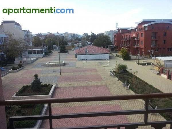 Двустаен апартамент Бургас област с.Лозенец 15