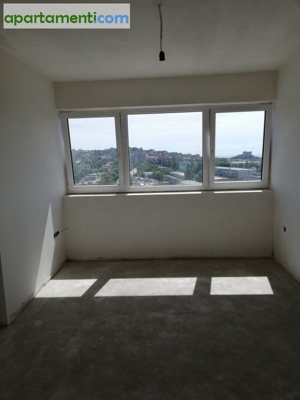 Четиристаен апартамент, Варна, Левски 13