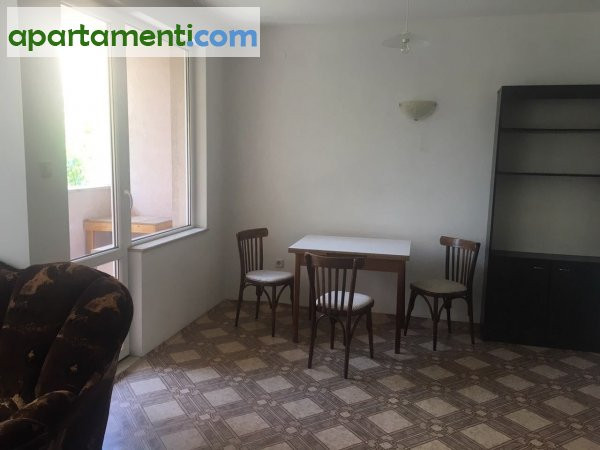 Тристаен апартамент, Пловдив, Въстанически 5