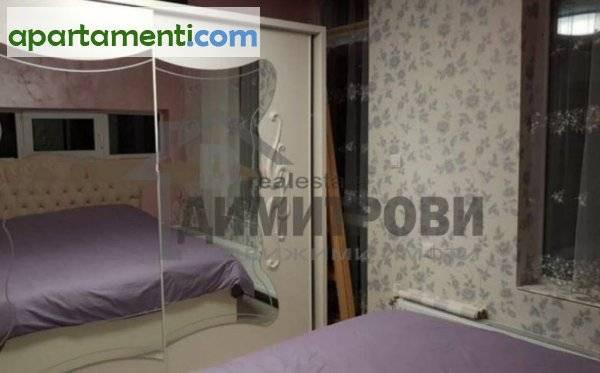 Тристаен апартамент Варна Нептун 8