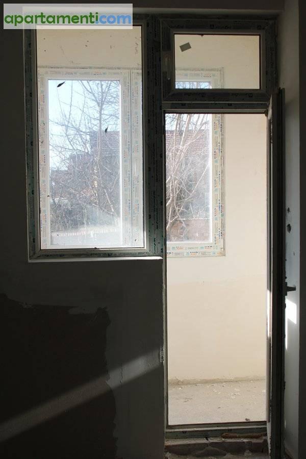 Многостаен апартамент, Плевен област, гр.Долни Дъбник 16
