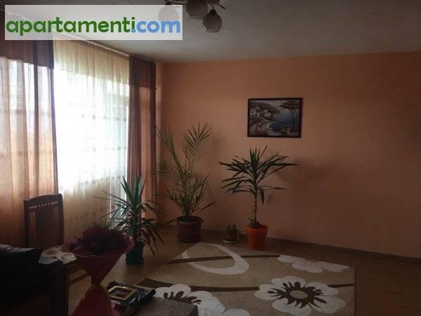 Тристаен апартамент, Благоевград област, с.Поленица 2