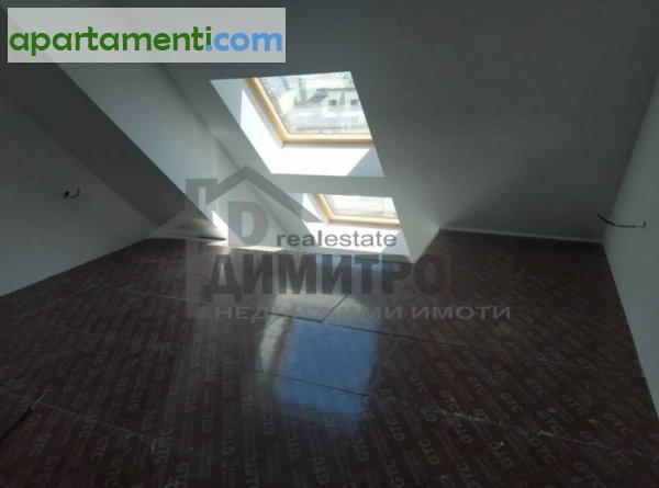 Четиристаен апартамент Варна Колхозен Пазар 11