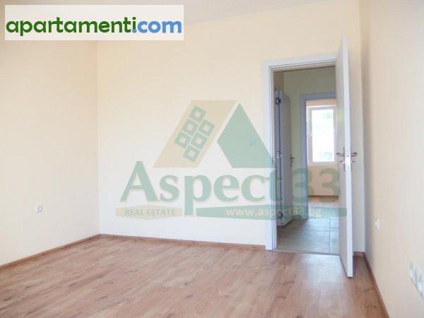 Тристаен апартамент, Варна, Център 17