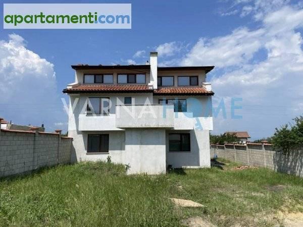 Къща Варна м-т Боровец север 1