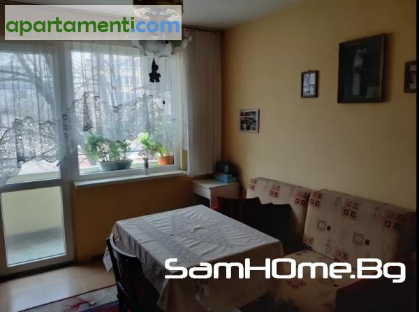 Тристаен апартамент Варна Колхозен Пазар 2