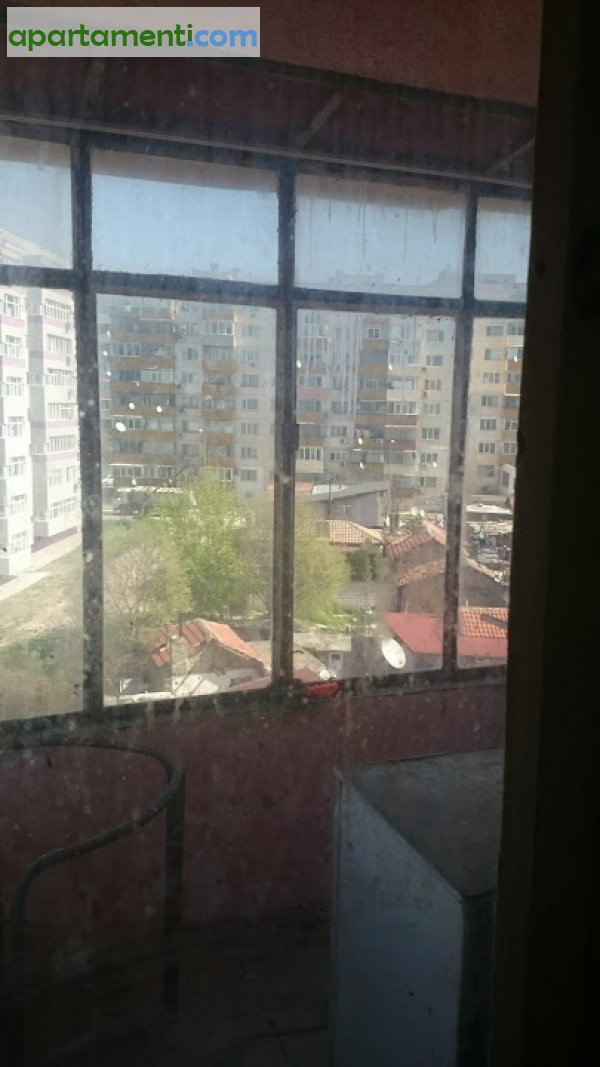 Тристаен апартамент, Варна, Автогарата 10