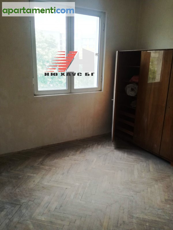 Четиристаен апартамент, Варна, Левски 4