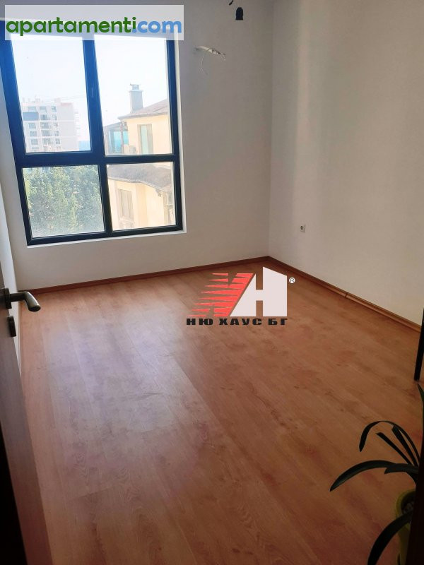 Тристаен апартамент, Варна, Чайка 10