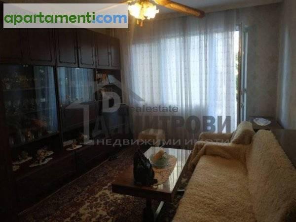 Тристаен апартамент Варна Център 1