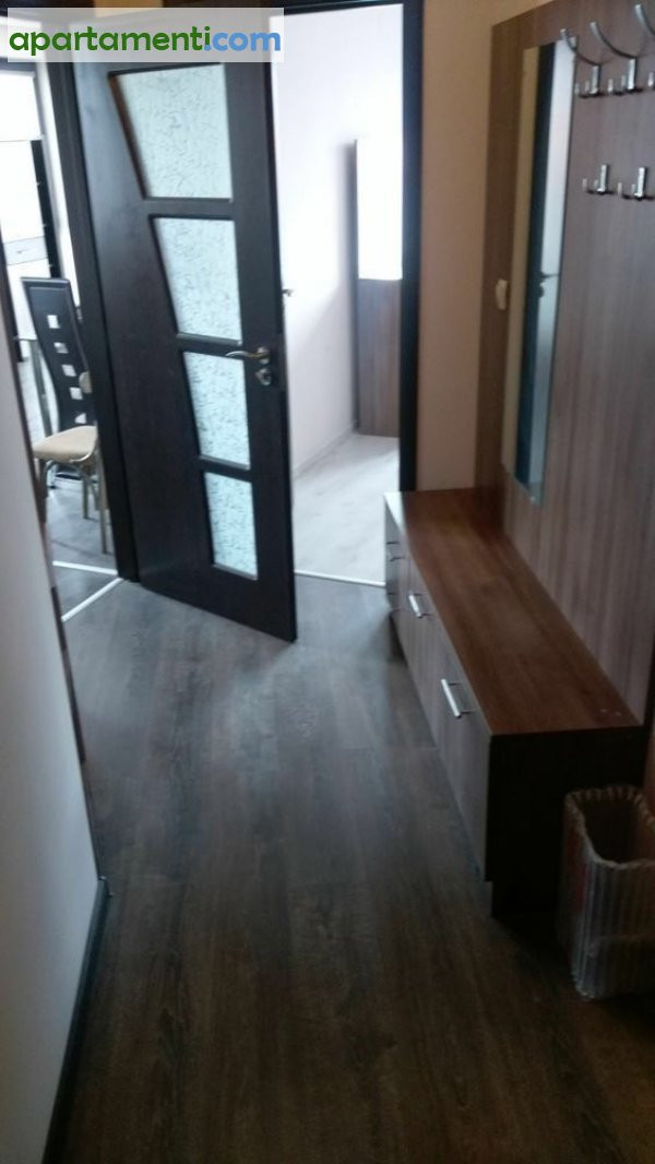 Двустаен апартамент, Пазарджик, Център 17