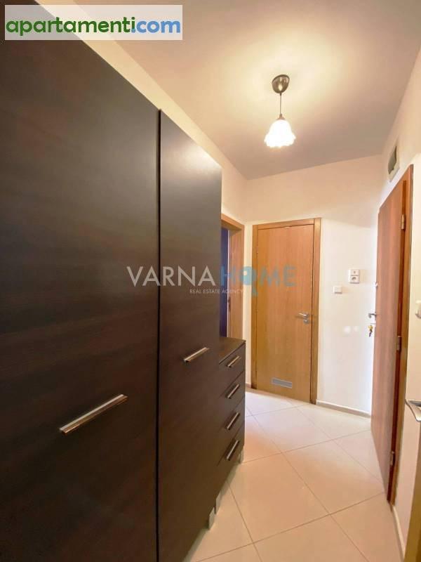 Двустаен апартамент Варна Червен Площад 8