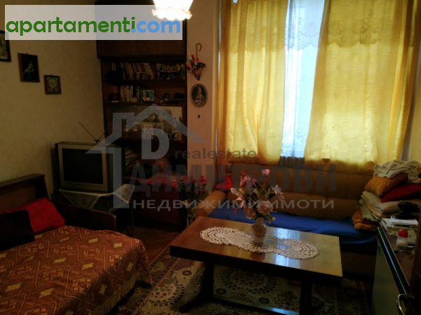 Тристаен апартамент Варна Колхозен Пазар 7