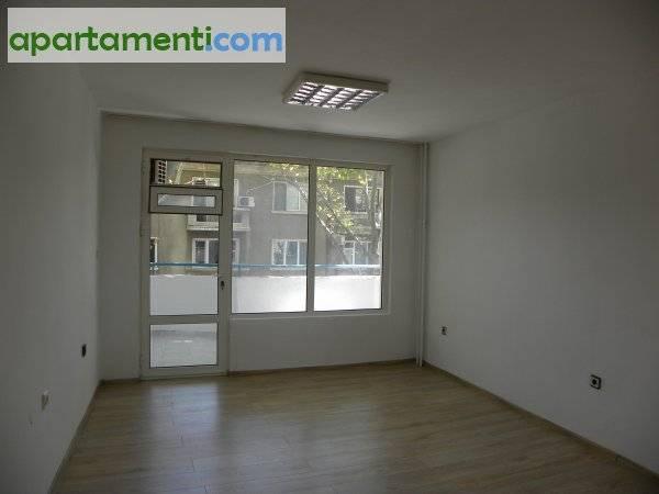 Тристаен апартамент, Бургас, Център 2
