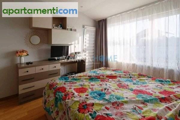 Тристаен апартамент Варна Лк Тракия 10