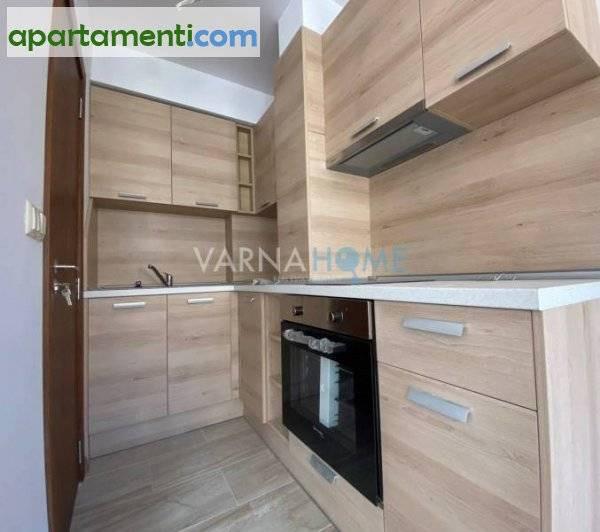 Тристаен апартамент Варна Цветен 1