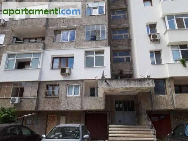 Тристаен апартамент Добрич Център 2