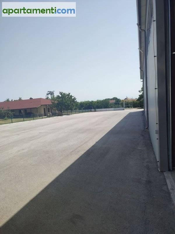 Склад, Пазарджик област, с.Гелеменово 15