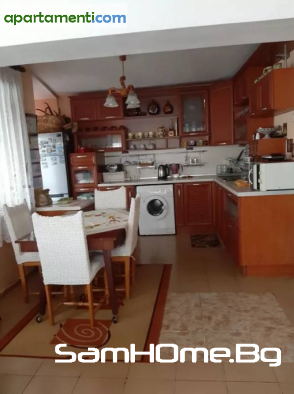 Тристаен апартамент Варна Колхозен Пазар 1