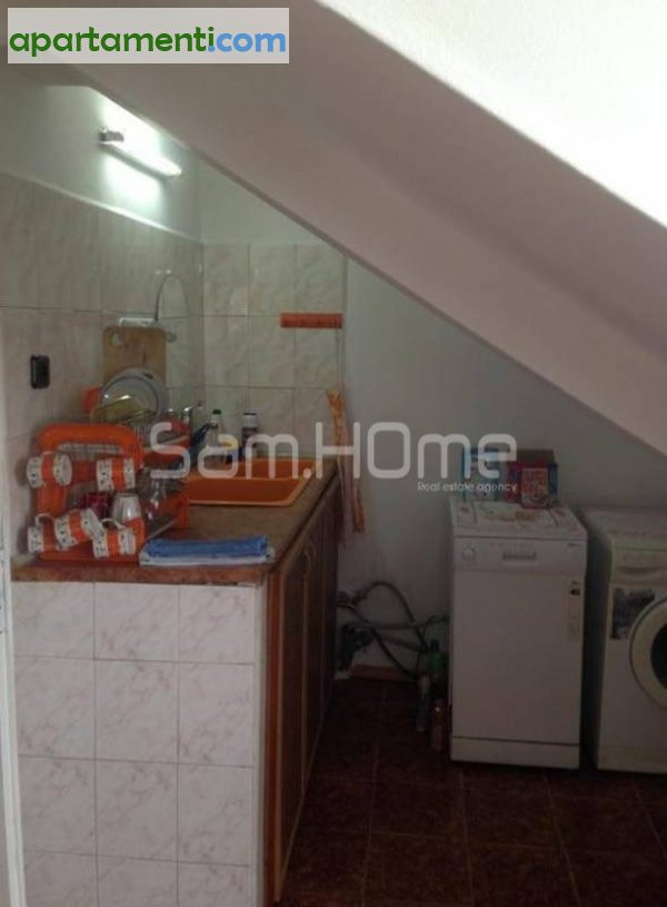 Четиристаен апартамент Варна Колхозен Пазар 9