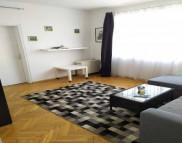 Снимка на имота Тристаен апартамент, Варна, Колхозен Пазар | Под наем имоти Варна