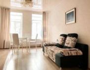 Снимка на имота Тристаен апартамент, Пловдив, Съдийски   Под наем имоти Пловдив