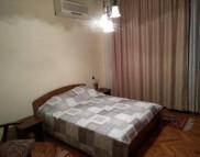 Снимка на имота Тристаен апартамент, Варна, Червен Площад | Под наем имоти Варна